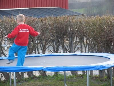 jonas-trampolinevar-005