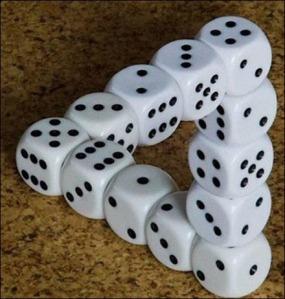 dices_optical_illusion
